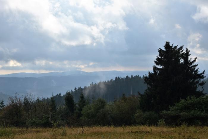 """Tourismus und """"Natur"""" als Wirtschaftsfaktor. Blick vom Kahlen Asten. (foto: zoom)"""
