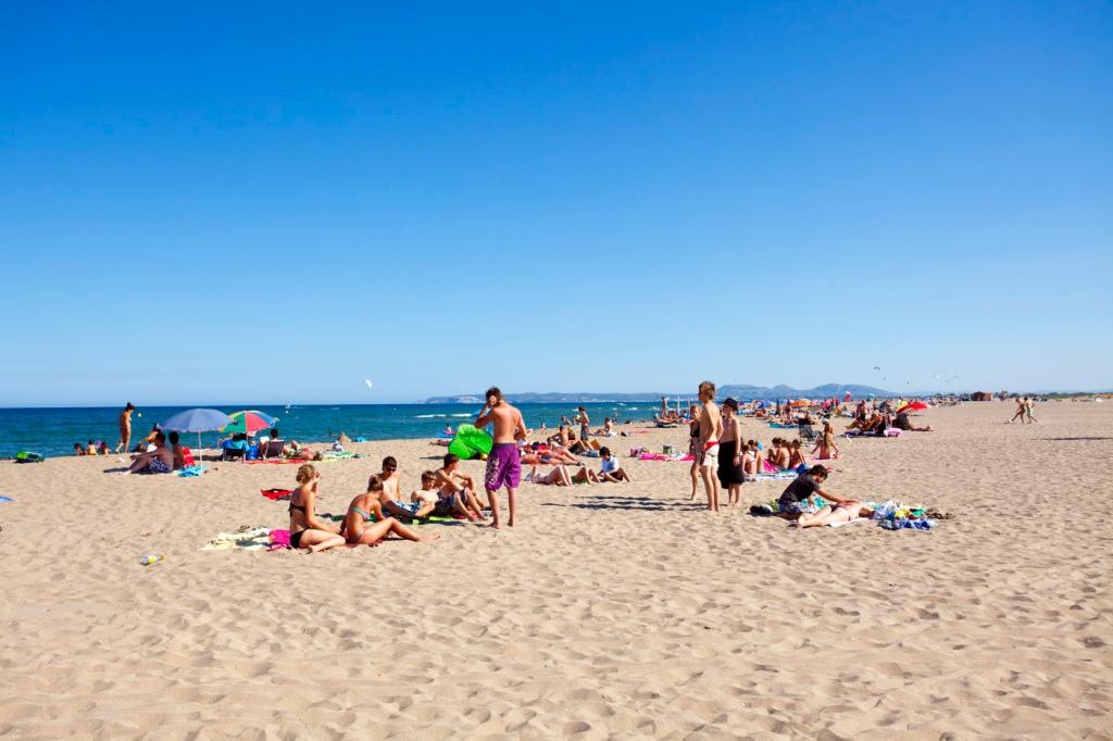 Der Ferienstrand in Spanien. (foto: falken hsk)