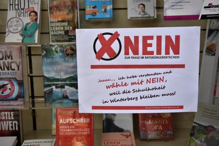 """Auch der Buchhändler meines Vertrauens sagt """"NEIN"""". (foto: zoom)"""