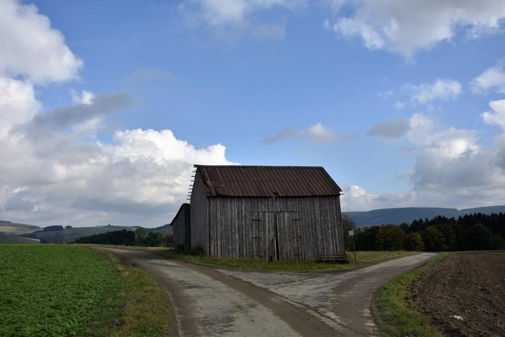 Hinter Altenfeld am Scheideweg, aber nur wenn man in die andere Richtung geht.